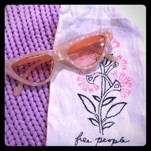 NWT Free People Sunglasses, Pearl, Cat Eye Shaped